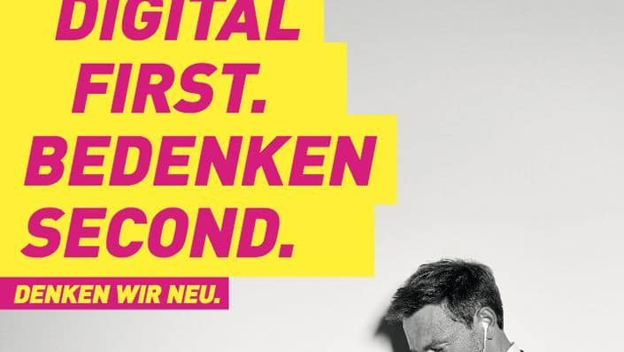 digital first denken second